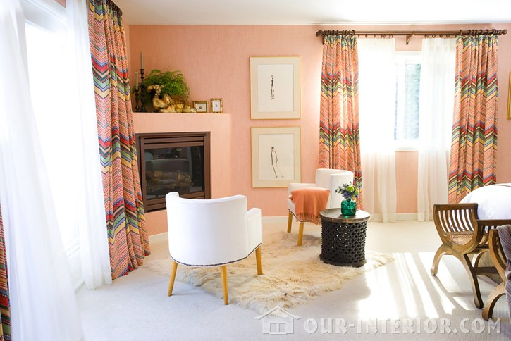 Персиковый цвет в офисе