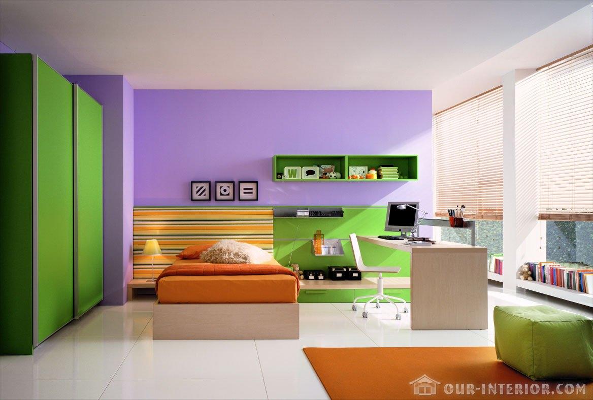 Зелёный и фиолетовый в интерьере