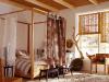 Стильная спальня в африканском стиле, фото