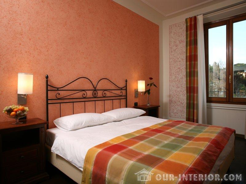 Pareti colorate rosa antico armadi a muro piattaia parete - Camera da letto rosa antico ...