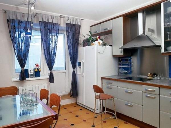 Интерьер кухни размером 8 кв. м.