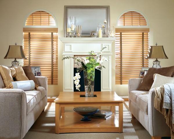 Что лучше - деревянные жалюзи или бамбуковые шторы?