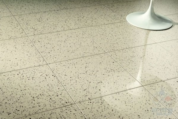 Что выбрать: керамогранит или керамическую плитку?