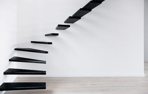 Необычный интерьер лестниц