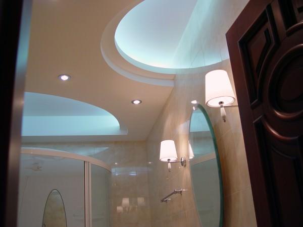 Потолок для ванной: какой выбрать?