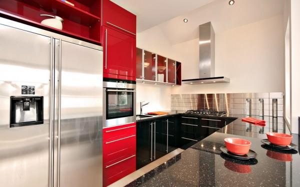 Красная кухня – смело для смелых!