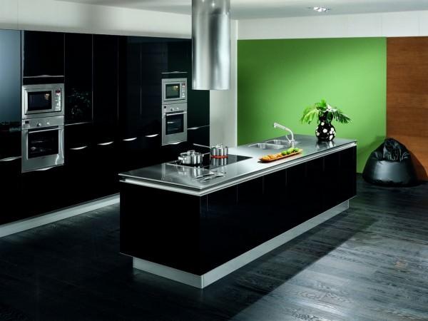 Черная кухня – тренд сезона!
