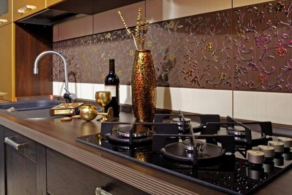 Несколько модных идей для оформления кухонного фартука