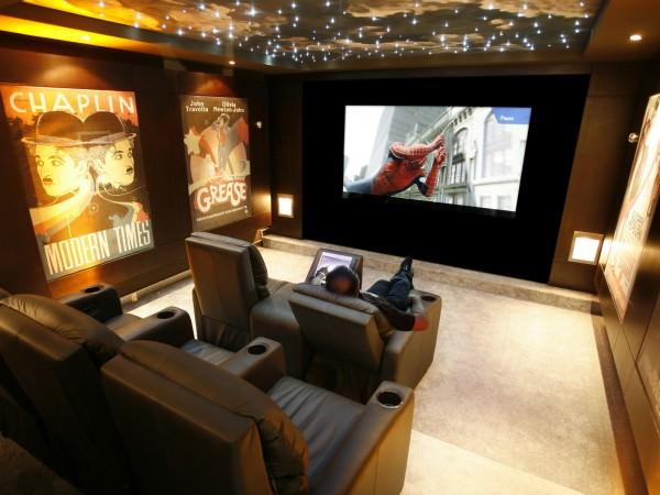 Домашний кинотеатр в интерьере